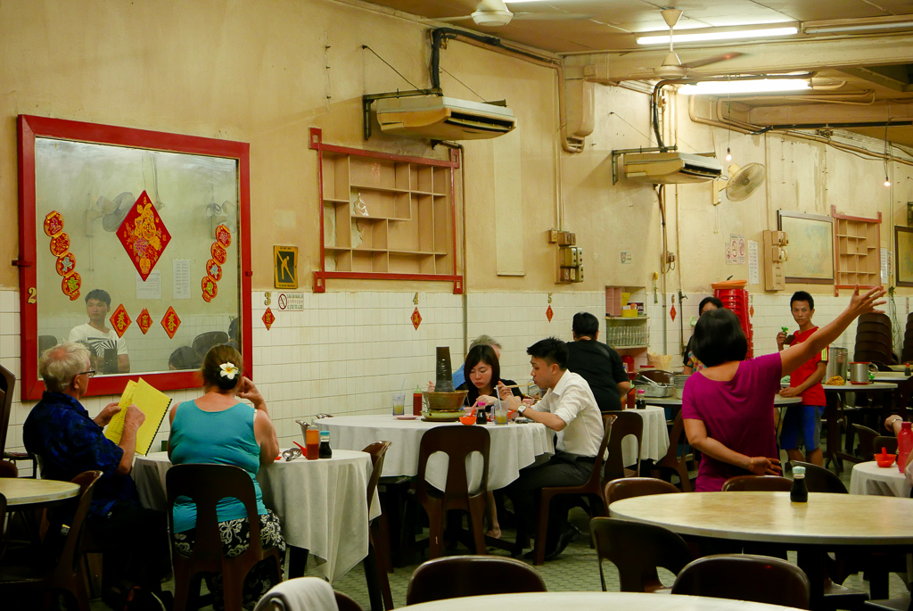 Restaurant at nighttime, Georgetown, Penang (photo by Irina Stelea)