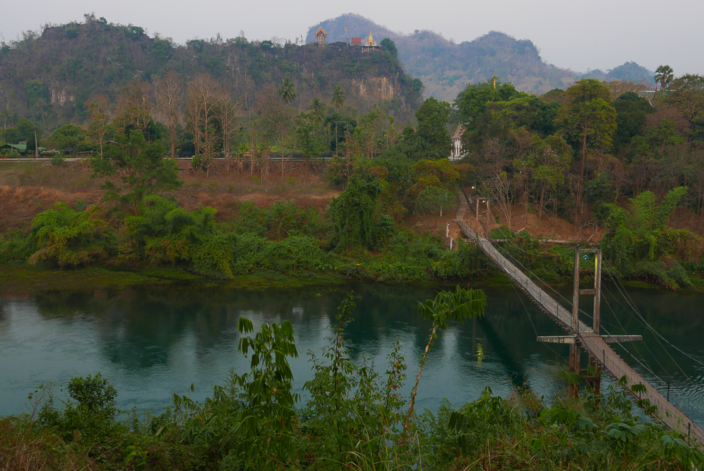 Suspension bridge on the Khwae Noi River, Thong Pha Phum, Thailand (photo by Irina Stelea)