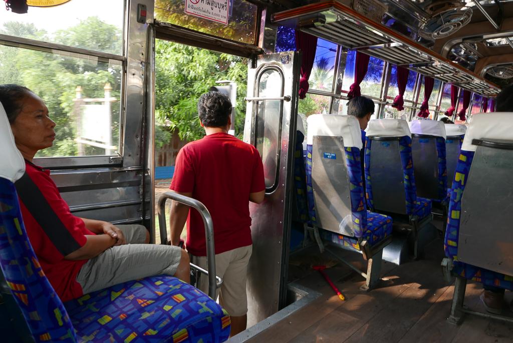 Public bus in Thailand (photo by Irina Stelea)